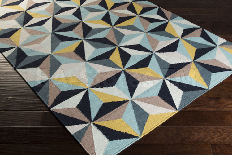 Tappeto dal design geometrico n.10