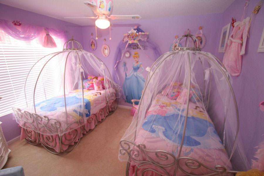 Cameretta delle principesse Disney per bambini n.18