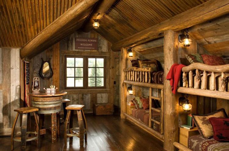 Letti a castello in legno dal design particolare n.09