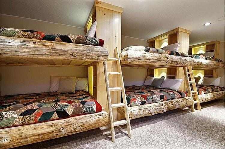 Letti In Legno Grezzo : Letti a castello in legno dal design particolare mondodesign