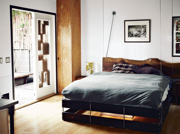 Foto del letto sospeso a scomparsa ideato da Vincent Kartheiser n.02