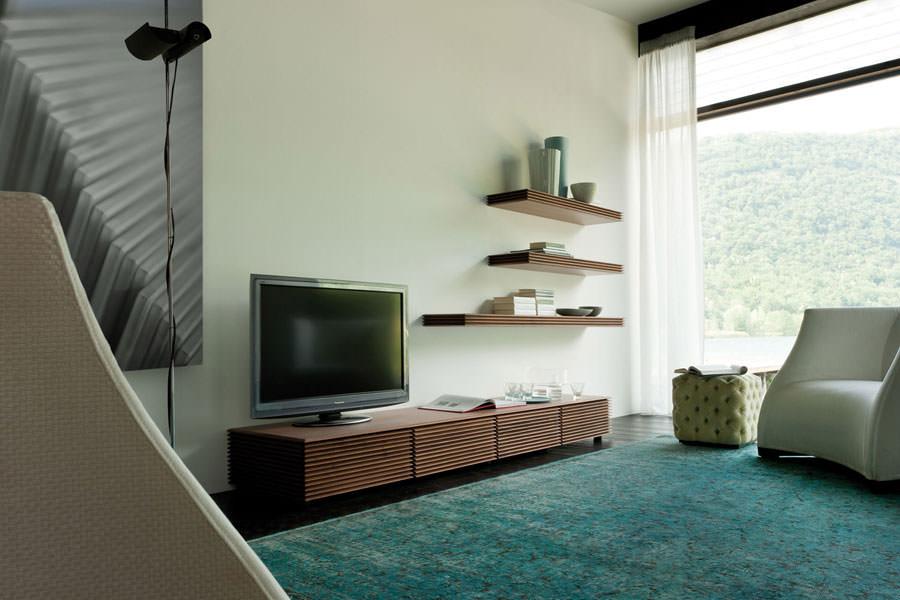 Mobile porta tv dal design particolare n.17