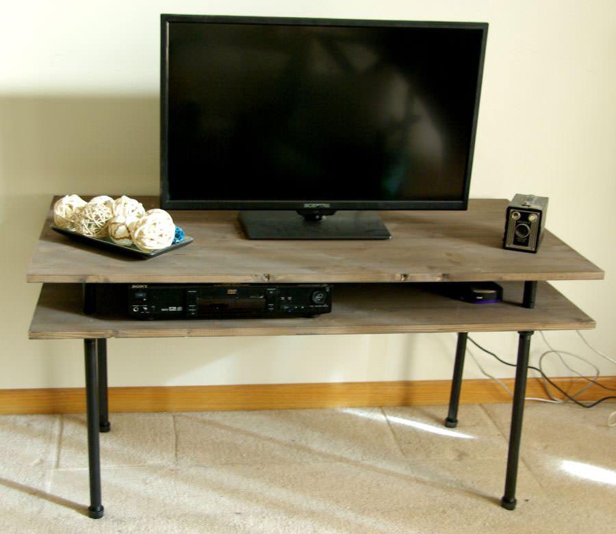 Mobile porta tv dal design particolare n.25