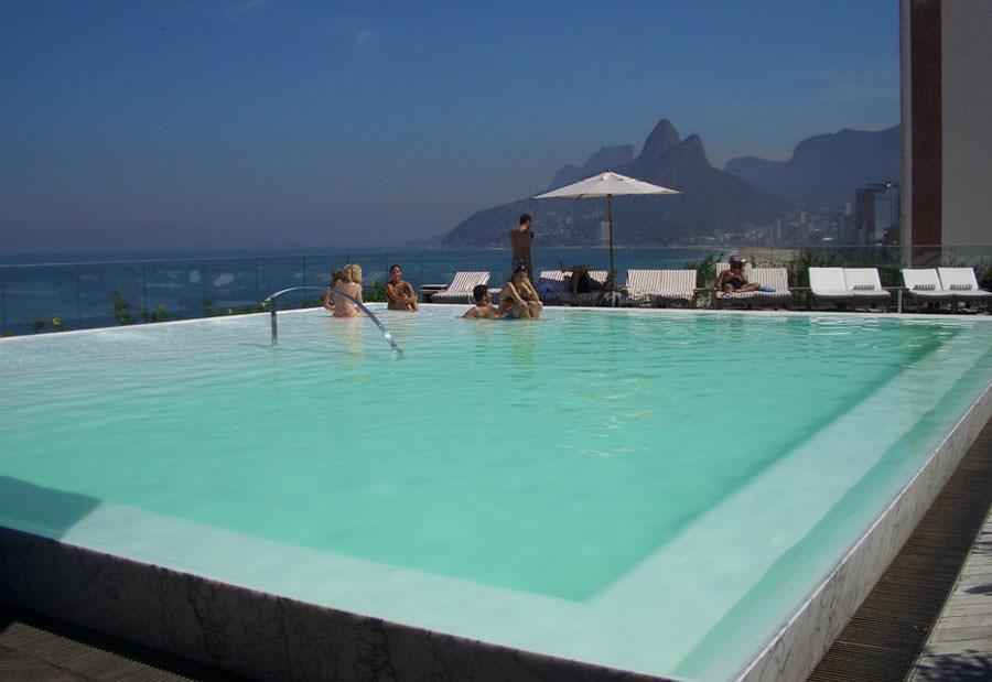 Piscina sul tetto del Fasano Hotel - Rio De Janeiro