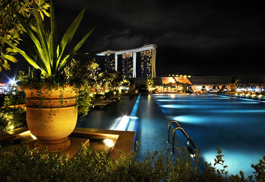 Piscina sul tetto del Fullerton Bay Hotel - Singapore