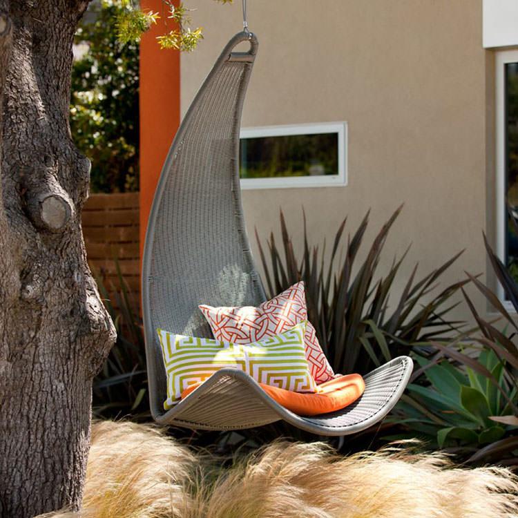Sedia da giardino in rattan sospesa