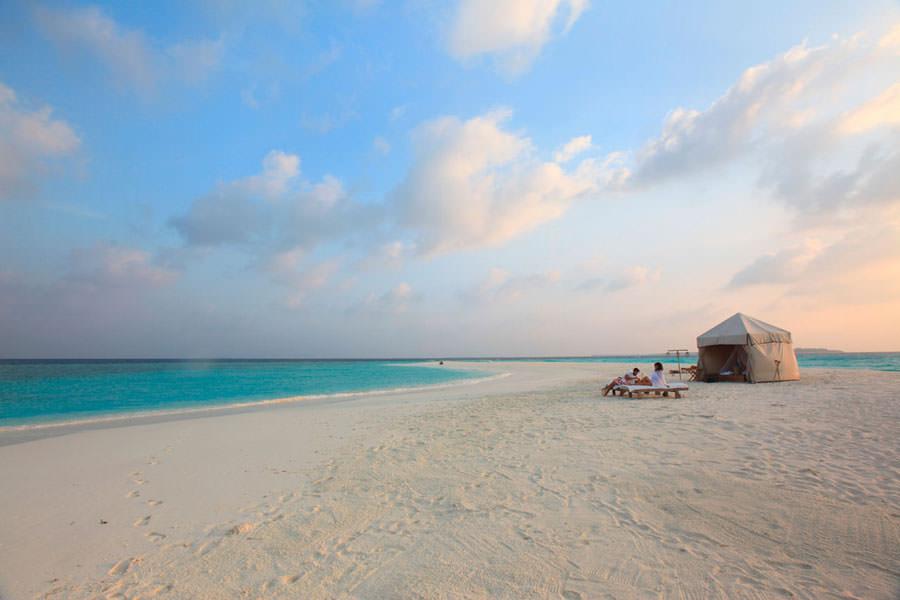 Dormire in spiaggia al Soneva Fushi alle Maldive