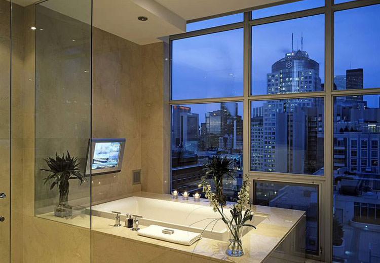 Bagno di lusso con vista panoramica n.26