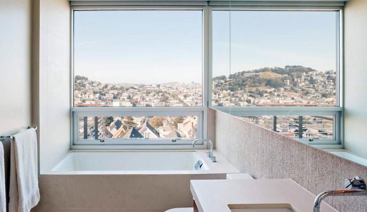 Bagno di lusso con vista panoramica n.37