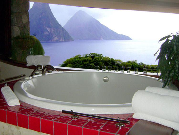 Bagno di lusso con vista panoramica n.43