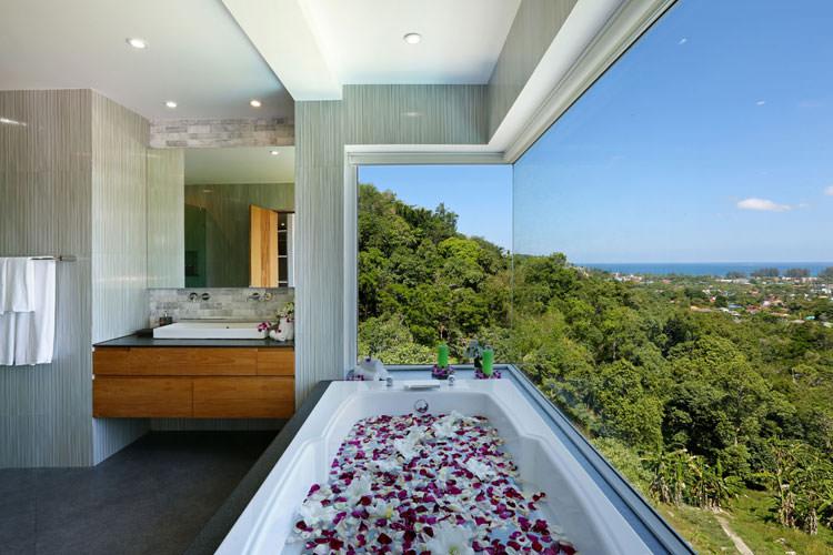 Bagno di lusso con vista panoramica n.49