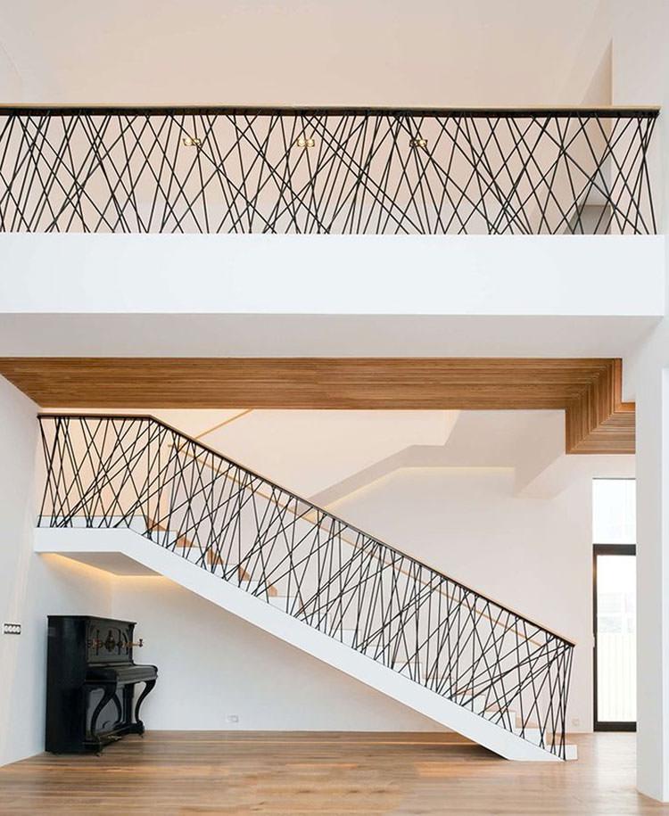 Corrimano e ringhiere per interni da design moderno n.16