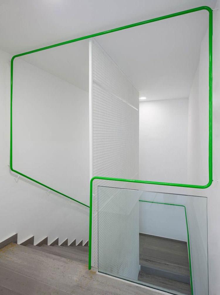 Corrimano e ringhiere per interni da design moderno n.18