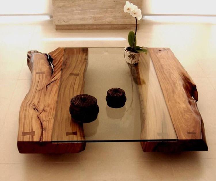 Tavolo in legno naturale dal design originale n.02