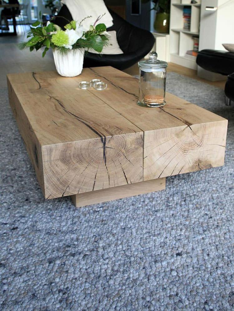 Tavolo in legno naturale dal design originale n.04