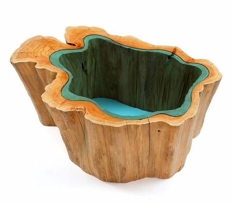 Tavolo in legno naturale dal design originale n.09