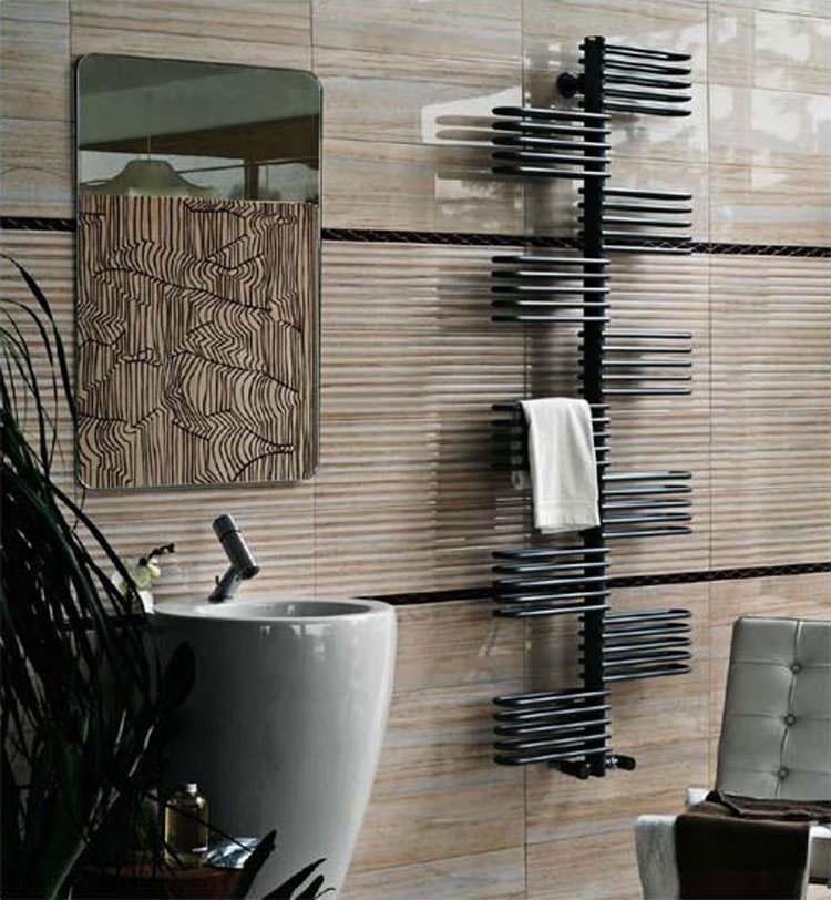 22 esempi di termoarredo bagno dal design moderno e originale - Termoarredo design bagno ...