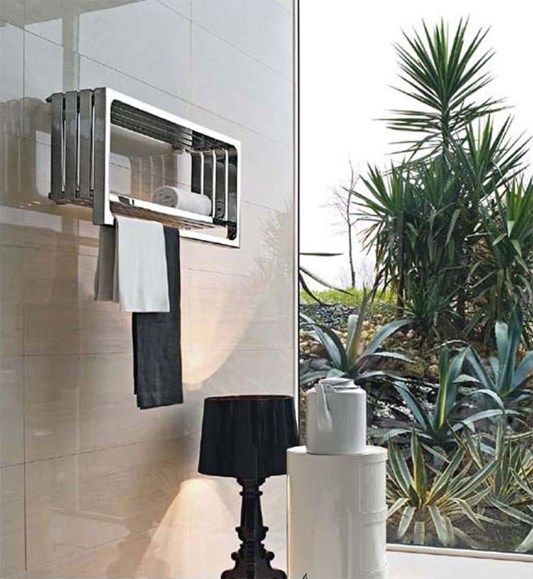 Termoarredo bagno dal design moderno n.03