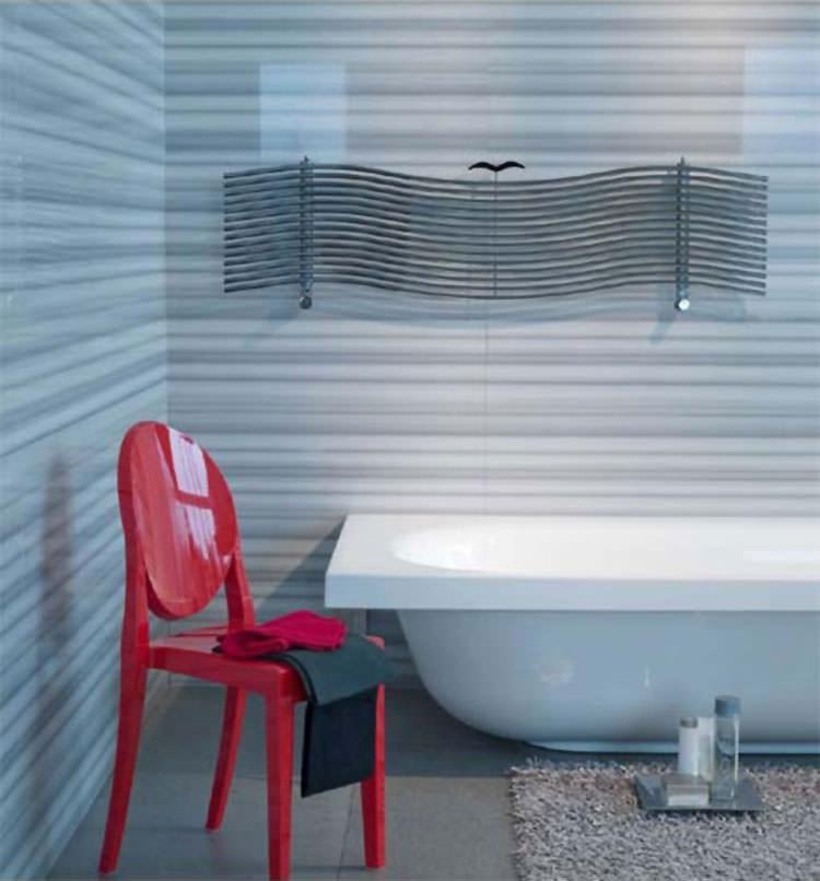 Termoarredo bagno dal design moderno n.19