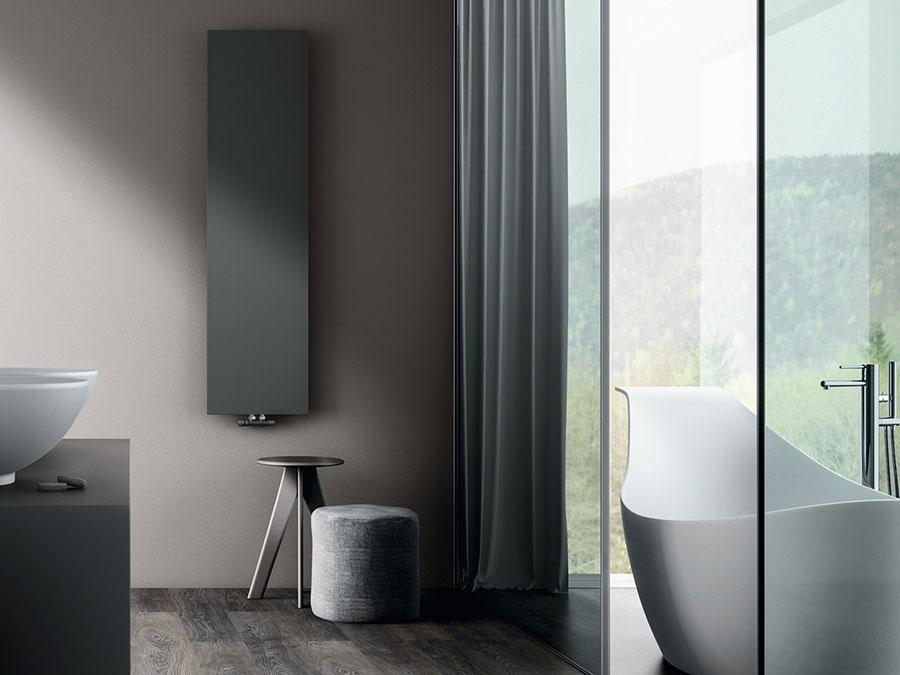 Termoarredo bagno dal design moderno n.23