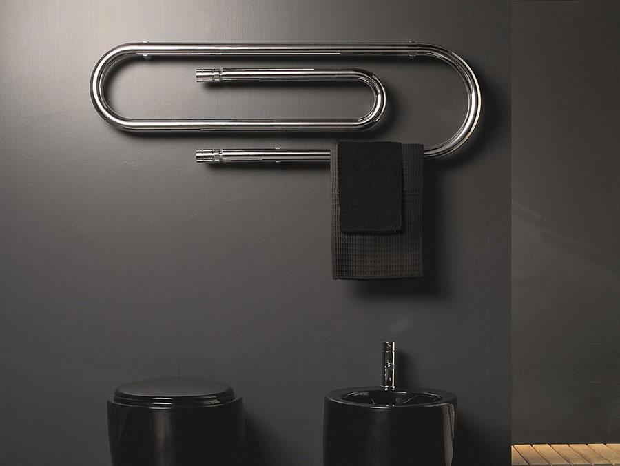 Termoarredo bagno dal design moderno n.24
