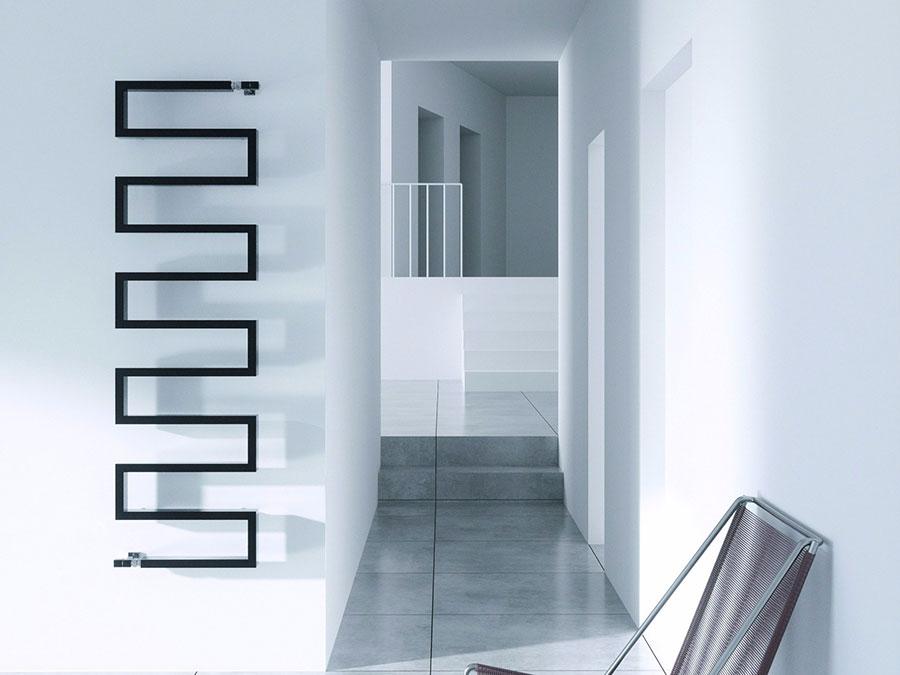 Termoarredo bagno dal design moderno n.26