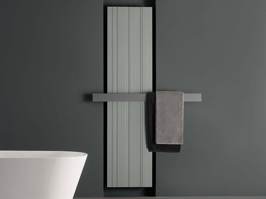 Termoarredo bagno dal design moderno n.29