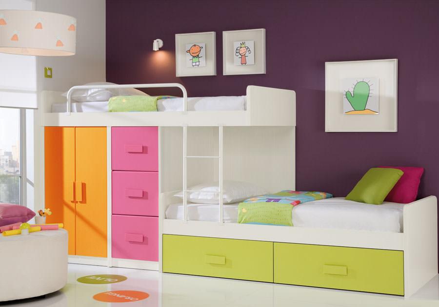 Cameretta per bambini simpatica e colorata n.25
