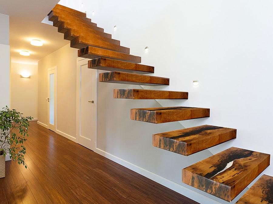 Scale da interni dal design moderno n.35