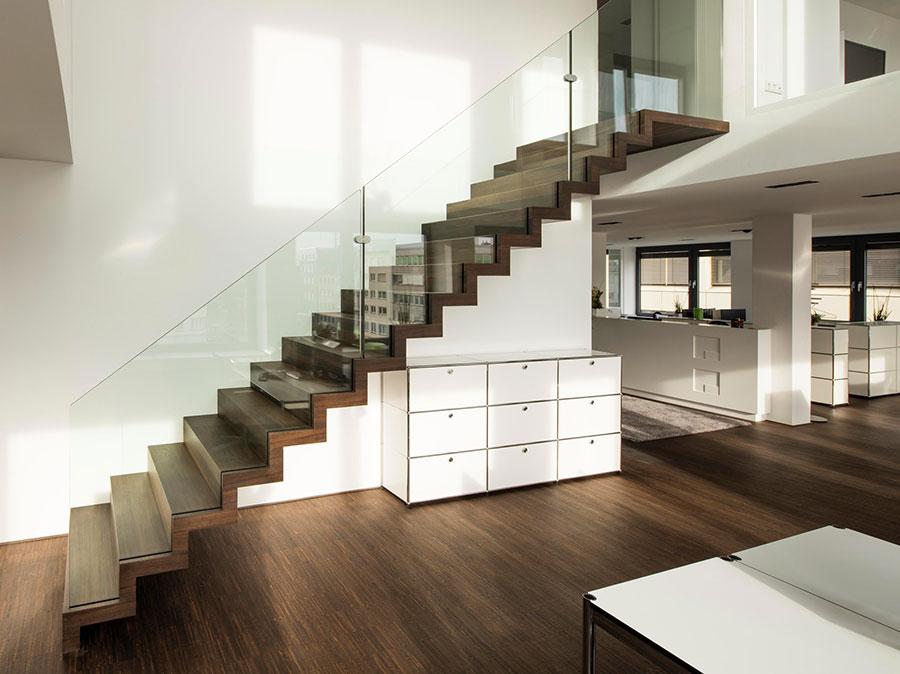 Scale da interni dal design moderno n.41