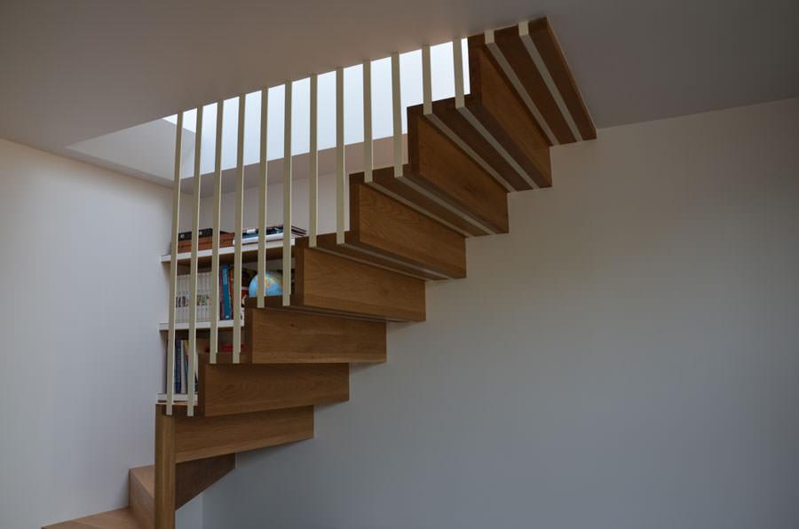 Scale da interni dal design moderno n.04