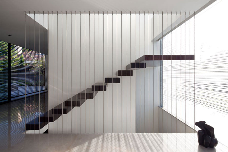 Scale da interni dal design moderno n.07