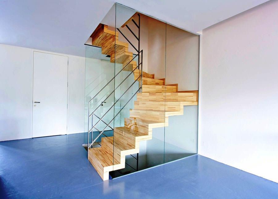 Scale da interni dal design moderno n.16