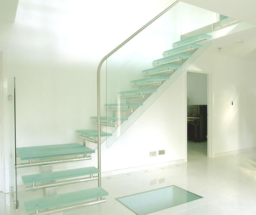 Scale da interni dal design moderno n.21