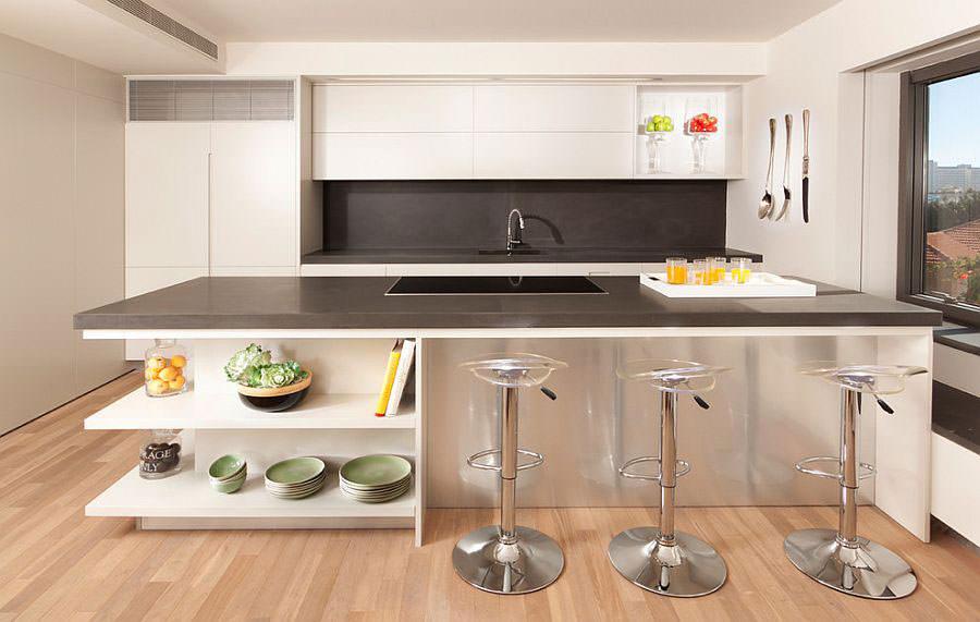 Modello di cucina con isola a giorno n.21