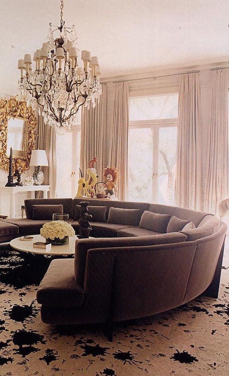 Salotto arredato con divano rotondo n.16