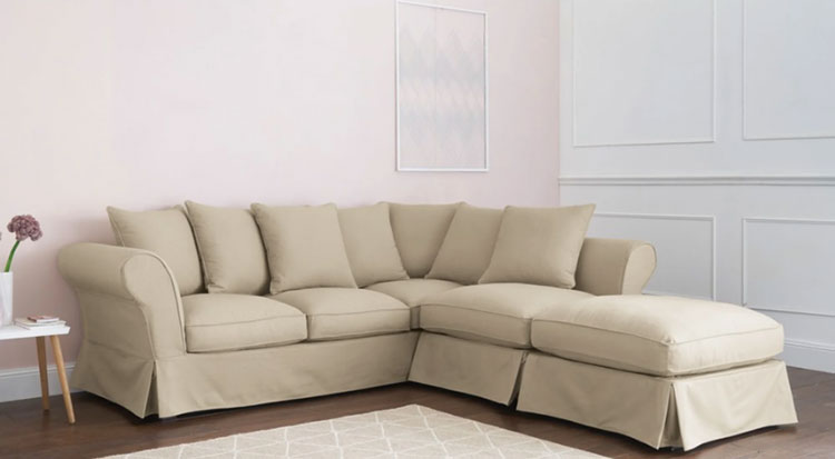 Modello di divano per soggiorno shabby n.03