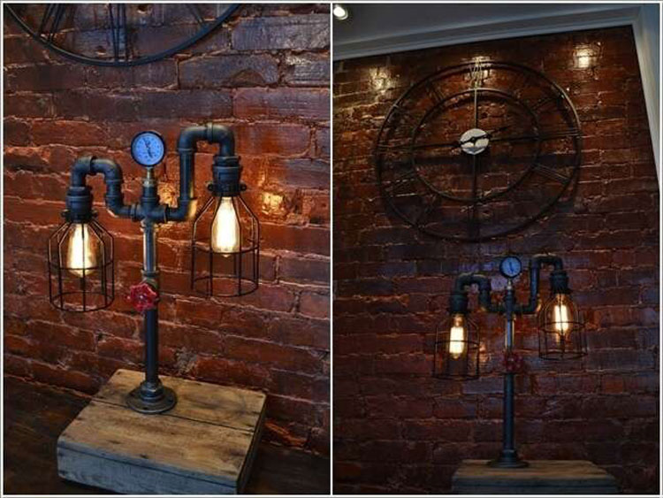 Lampada industriale con tubi idraulici e manopole