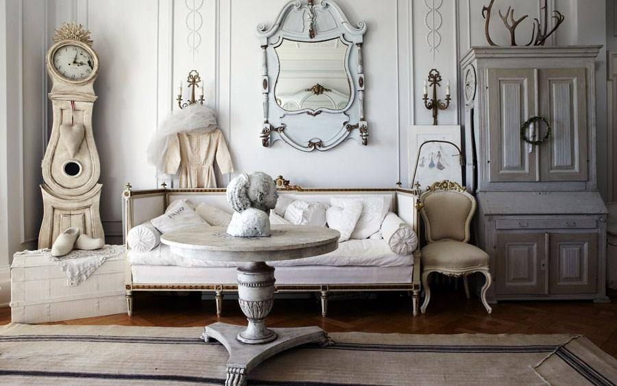 Idee per arredare il soggiorno in stile shabby chic n.24