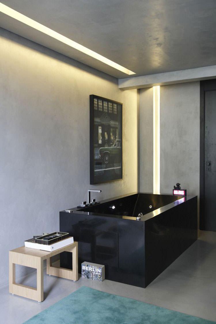 Modello di vasca da bagno nera n.02