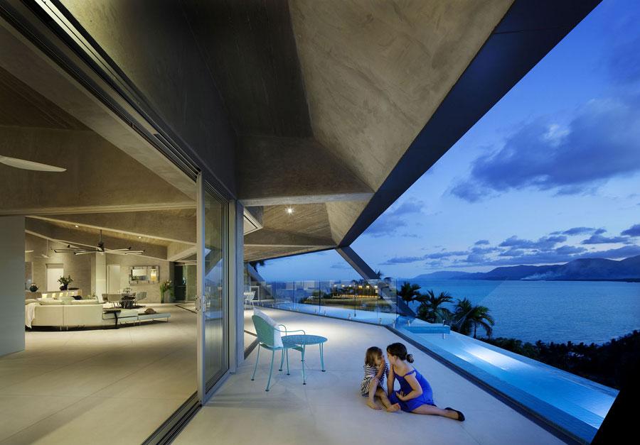 Foto della piscina su terrazzo della casa da sogno The Edge