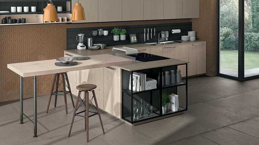 Modello di cucina con tavolo snack n.03
