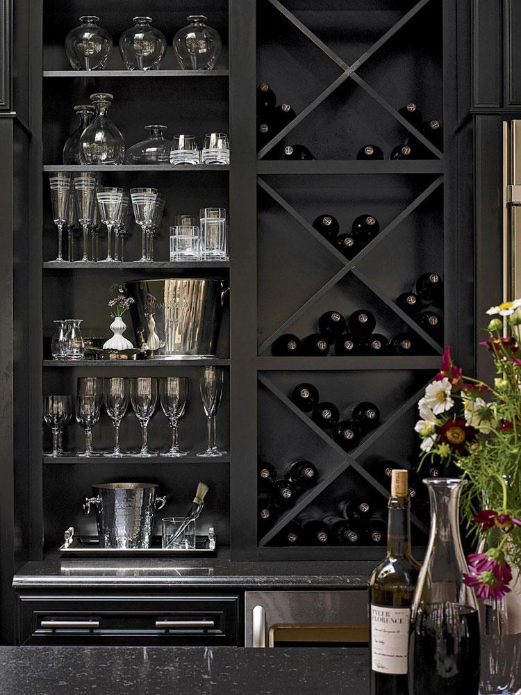 Modello di portabottiglie di vino da parete n.04