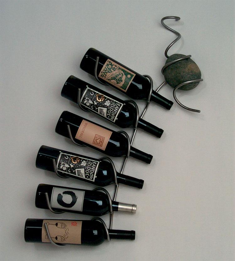 Modello di portabottiglie di vino da parete n.11