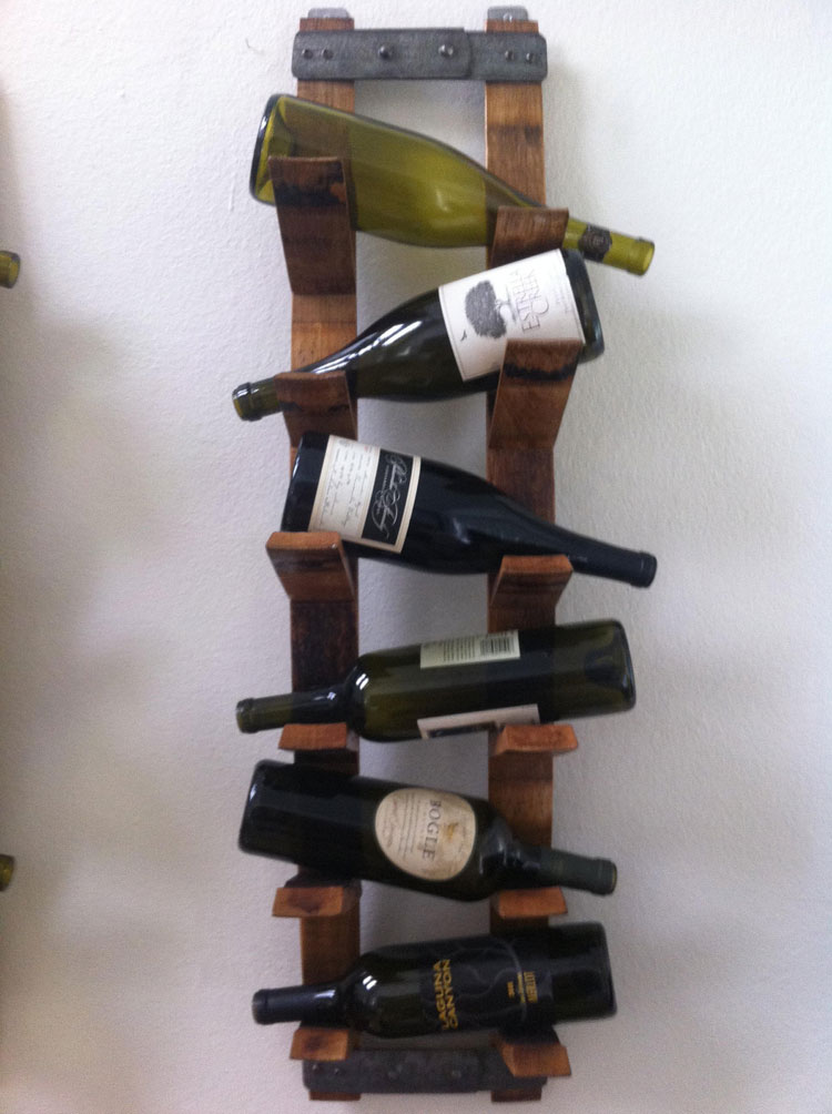 Modello di portabottiglie di vino da parete n.26