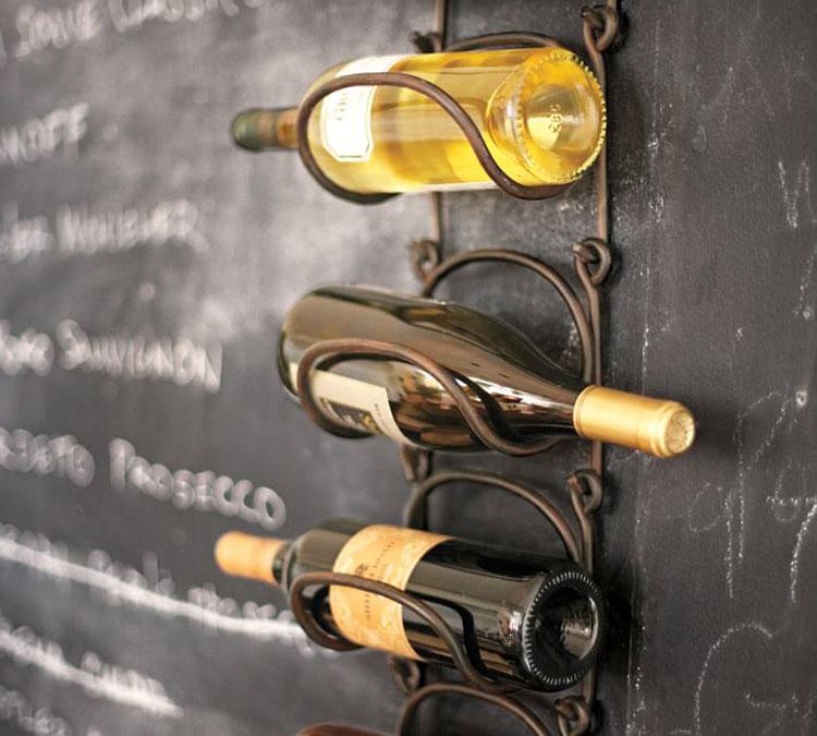 Modello di portabottiglie di vino da parete n.48