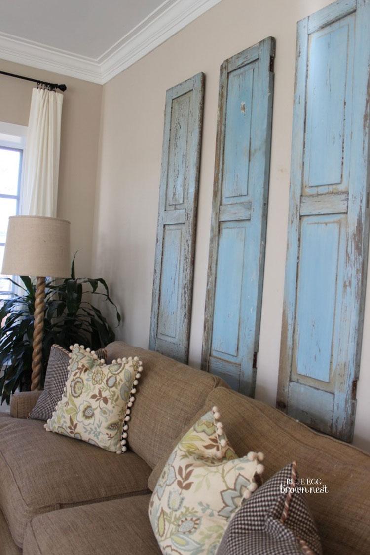 Idee per riutilizzare vecchie persiane in una casa shabby chic n.02