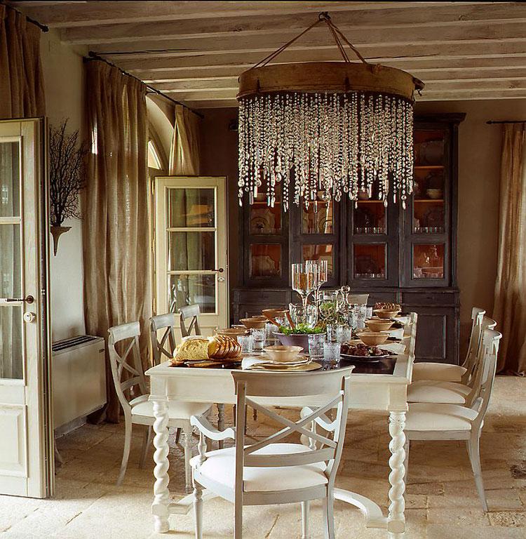 Idee per arredare la sala da pranzo in stile shabby chic n.19