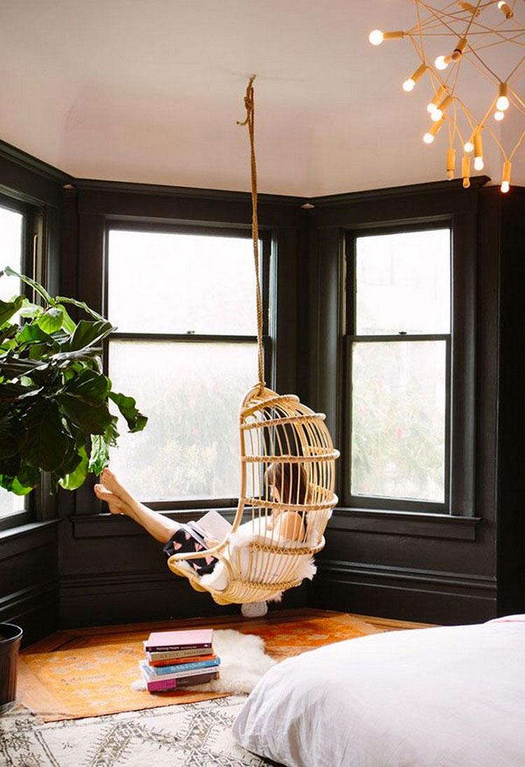 Idee per arredare gli interni con sedie sospese in rattan n.6