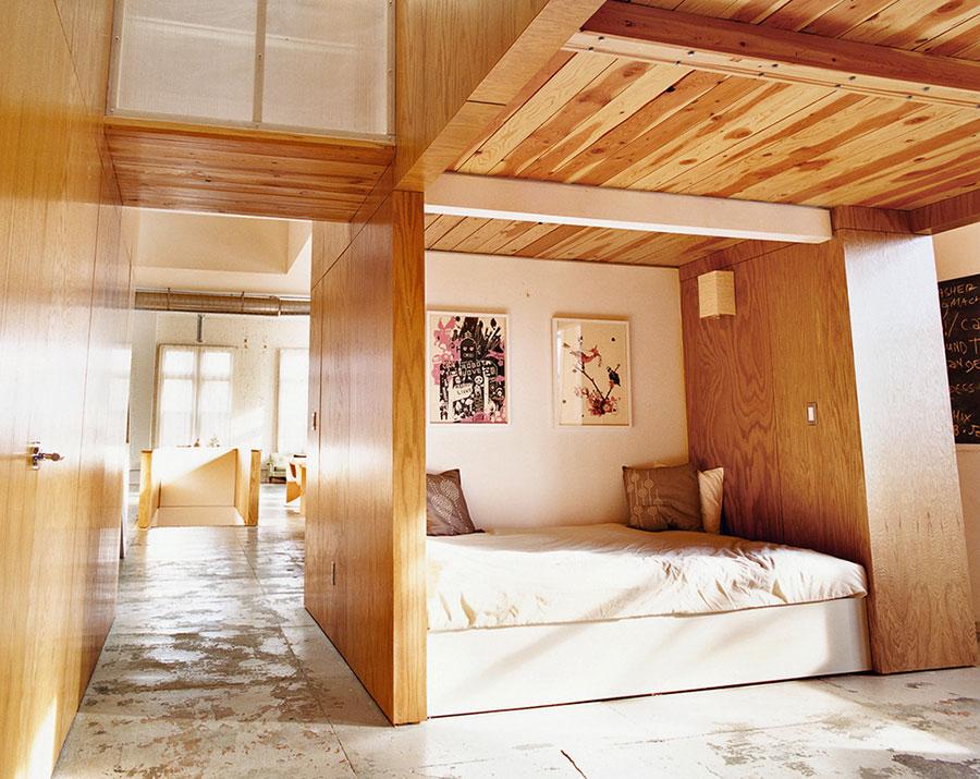 Letto in legno dal design originale n.10